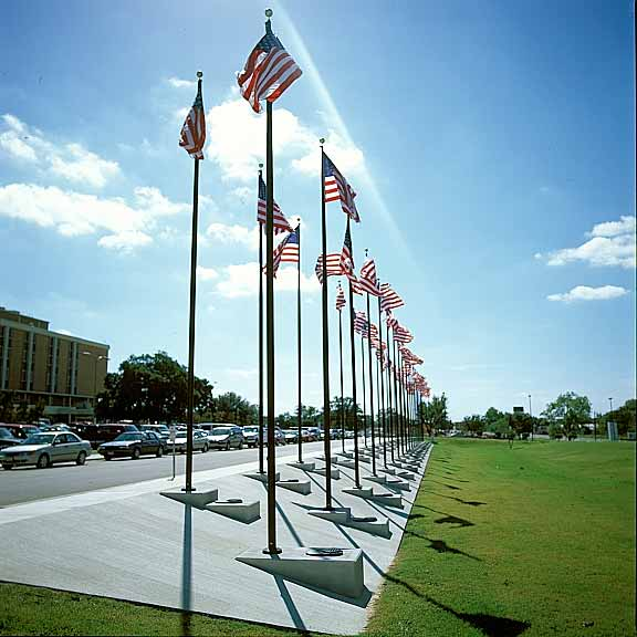 Grass Paving was installed in the pedestrians' area at the Veterans Memorial using Grasspave2.