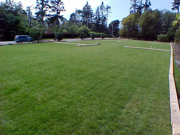 Grass paving was installed to provide over-flow parking at Sooke Harbour House, Sooke (Victoria), British Columbia, using Grasspave2.
