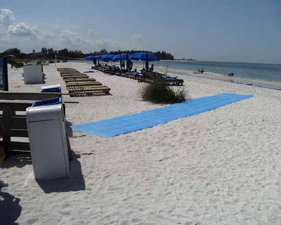 Portable-Broadwalk Mats were installed at Longboat Key Club Resort, Longboat Key, Florida, using Beachrings2.