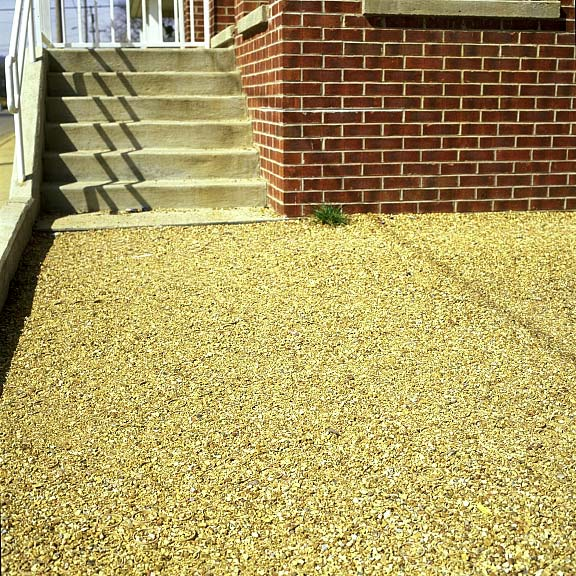 Porous Paving was installed in the walkways at the Fort Negley Neighborhood Enterprise, Chattanooga, Tennessee, using Gravelpave2.