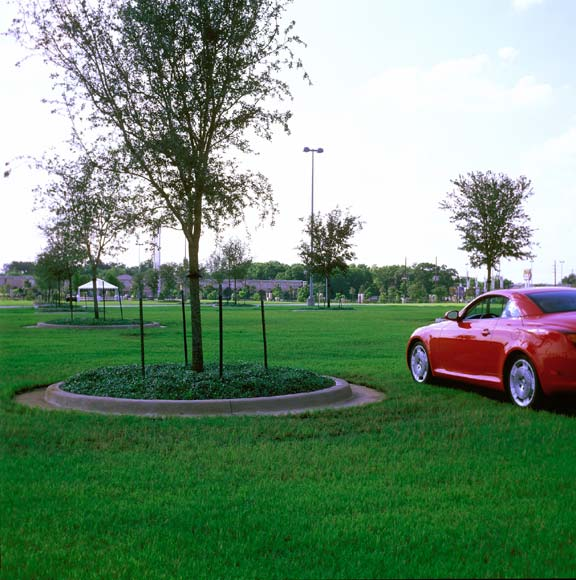 Porous Pavement was installed for parking at Reliant Stadium & Astrodome (Reliant Park), Houston, Texas, using Grasspave2 and Gravelpave2.