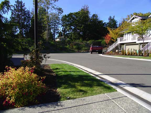 Grass porous pavers were installed to widen the road at the Hill Rise Terrace in Victoria, British Columbia, using Grasspave2.