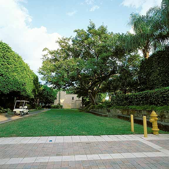 Porous Pavement was installed in the fire lane access areas at the Biltmore Hotel using Grasspave2.