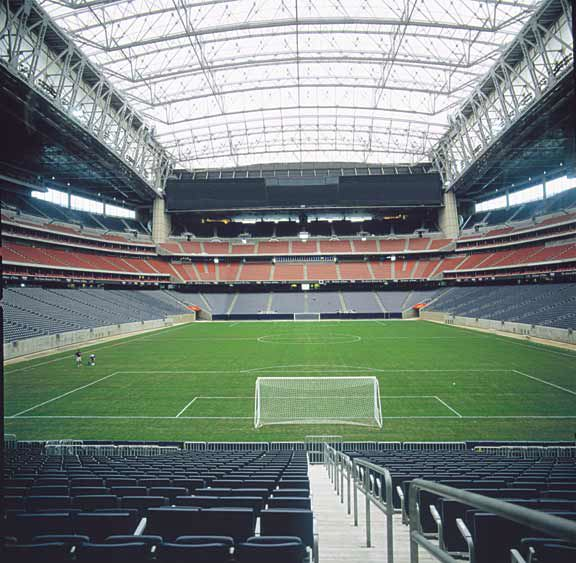 Underground drainage was installed in the Reliant Stadium Temporary Soccer Field, Houston, Texas, using Draincore2.