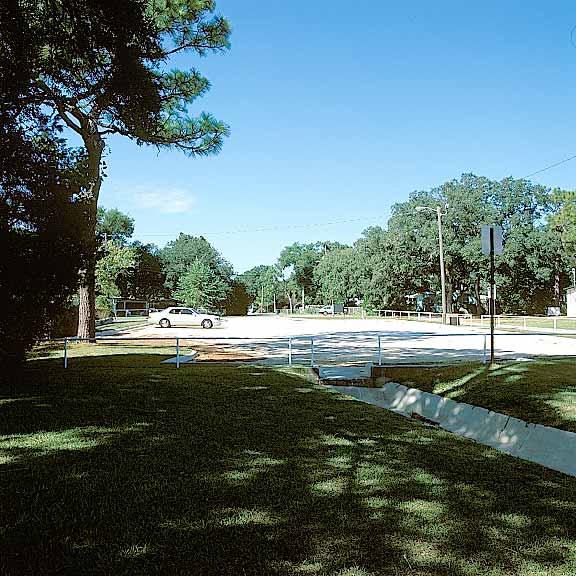 Gravel Pavers were installed in Juanita Williams Park parking lot using Gravelpave2.