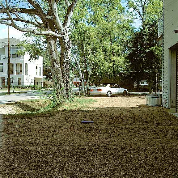 Aggregate Paving was installed in the driveway using Gravelpave2.