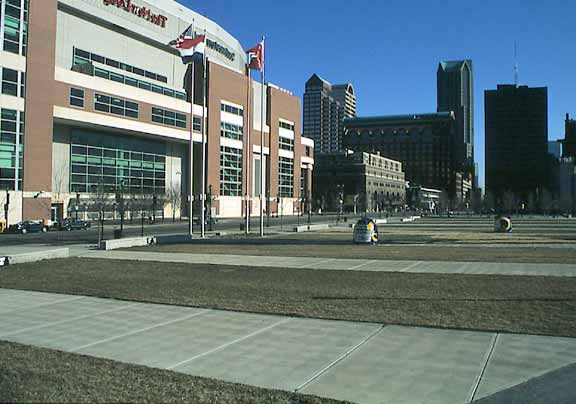 A permeable-parking area was installed in the St. Louis Rams Stadium in St. Louis, Missouri, using Grasspave2.