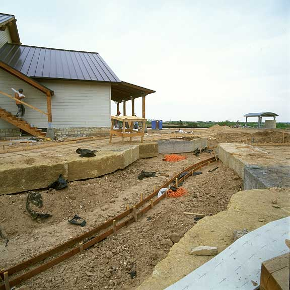 An underground-water-harvesting system was installed at the Donley County Safety Rest Area in Hedley, Texas, using Gravelpave2 and Rainstore3.