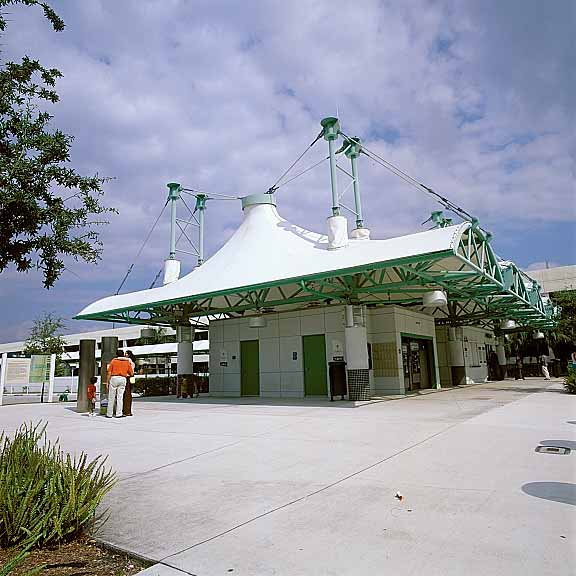 Turf Paving was installed in the access road at Tri Rail Station in the Miami Airport using Gravelpave2.