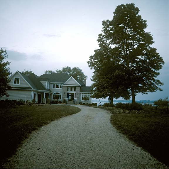 Aggregrate Paving was installed in the driveway of this residence in Chesapeake Bay using Gravelpave2.