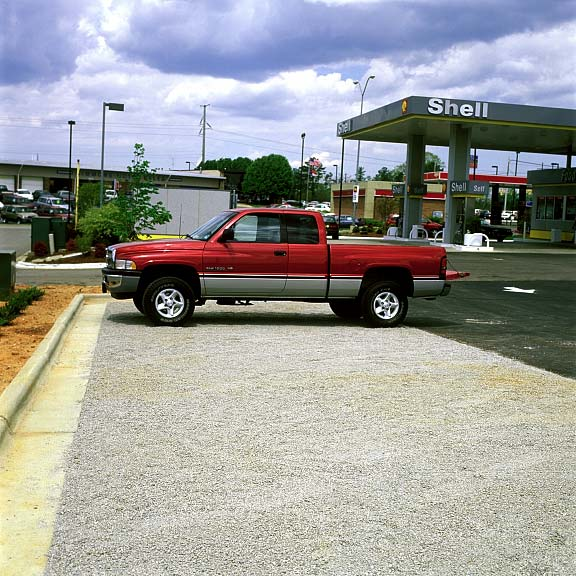 Aggregate Parking was installed in the parking bays at Taco Bell, Henderson, North Carolina, using Gravelpave2.