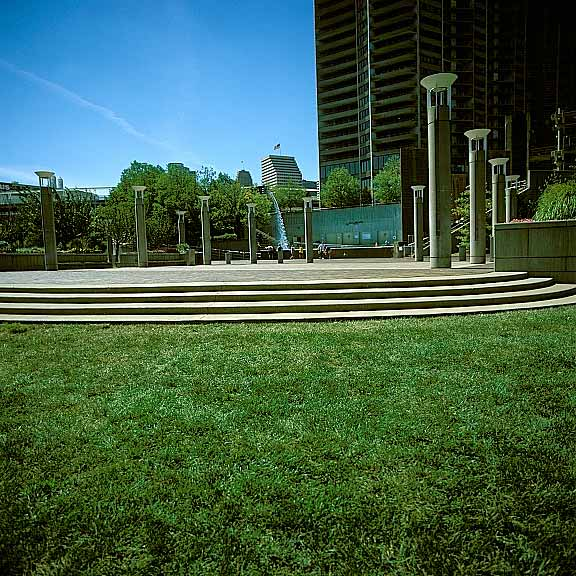 Grass Pavers were installed in the pedestrians' festival area at Yeatman's Cove Park, Cincinnati, Ohio, using Grasspave2.