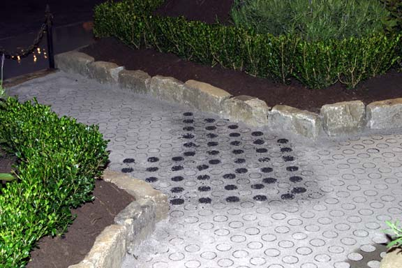Porous Pavers were installed in the Nashville Antique & Garden Show Walkway, Nashville, Tennessee, using Gravelpave2.