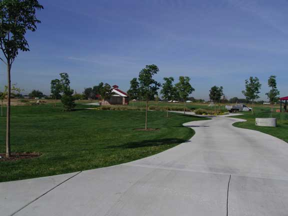 Underground-Water Storage was installed at Settlers Park in Meridian, Idaho, using Grasspave2.