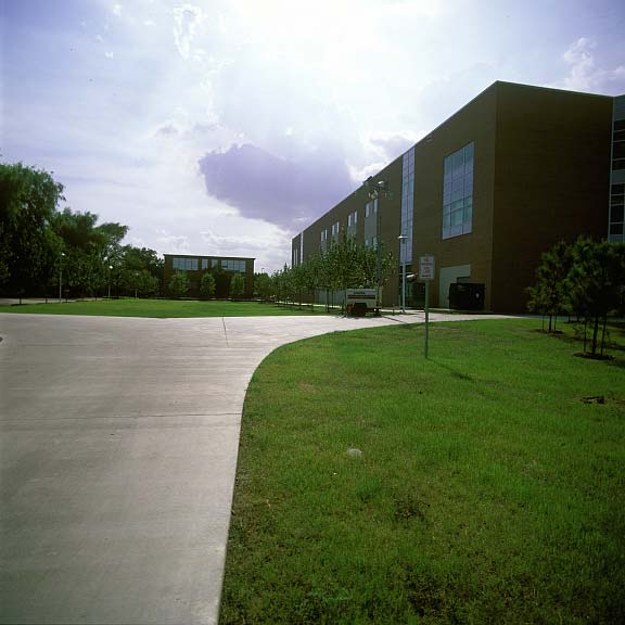 Porous-Grass Pavers were installed in the fire lane access areas at Lee College Library and Advanced Technology Center in Baytown, Texas, using Grasspave2.
