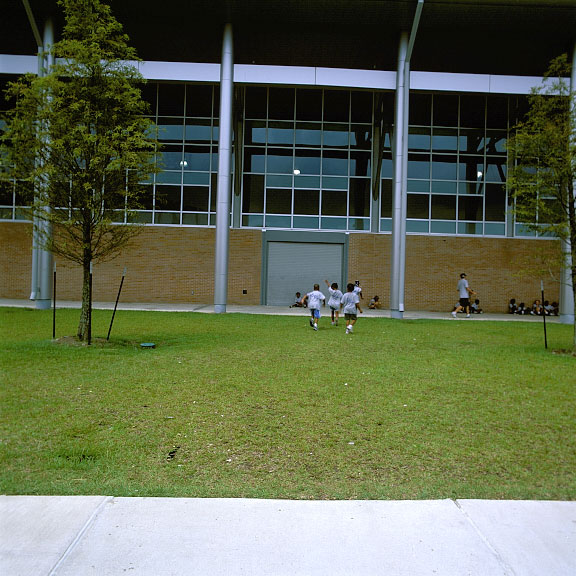 Grid Paving was installed in the service access areas at the University of New Orleans, New Orleans, Louisiana, using Grasspave2.