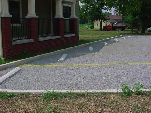 Porous Pavement was installed in the parking lot at Jefferson Street Apartment Complex, Chattanooga, Tennessee, using Gravelpave2.