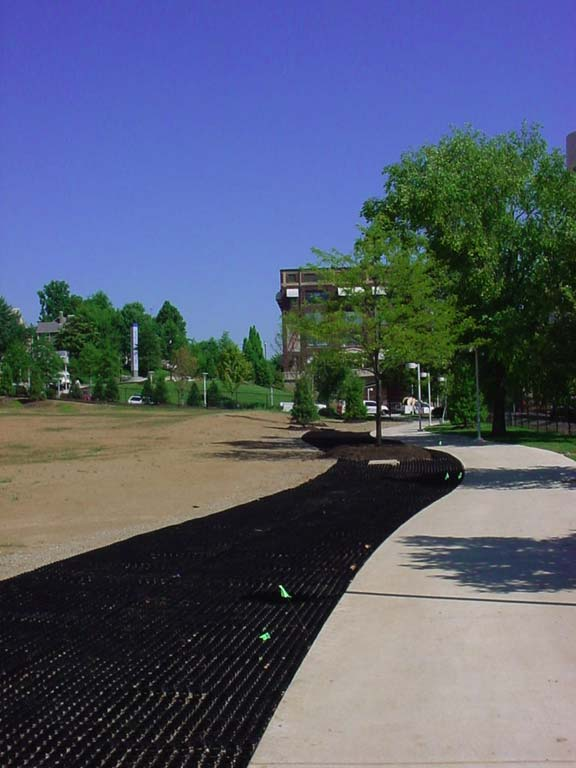 Porous Pavement was installed in the World's Fair Park Performance Lawn, Knoxville, Tennessee, using Grasspave2.