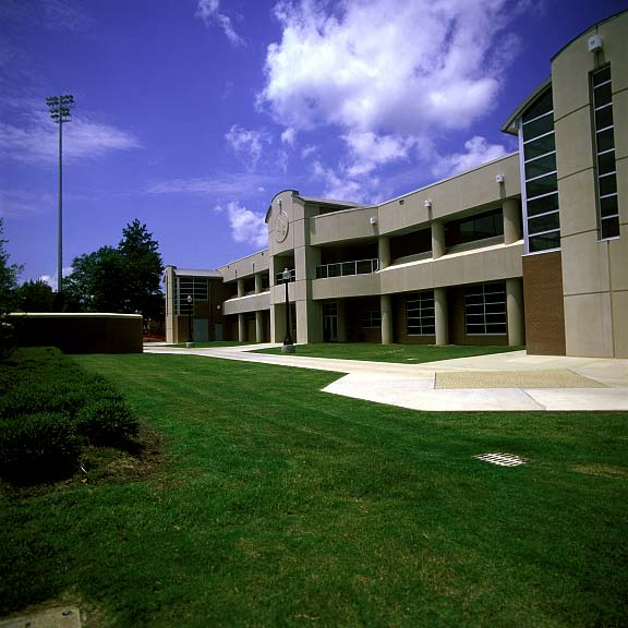 Porous Pavers were installed in parking areas at the University of South Mississippi Athletic Center in Hattiesburg, Mississippi, using Grasspave2.