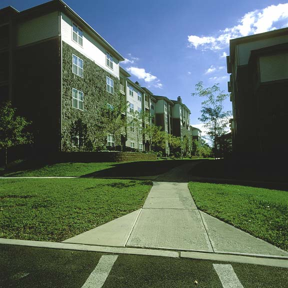 Grass Pavers were installed in the fire lane access areas at Summit Valleybrook Apartment Homes in Concordville, Pennsylvania, using Grasspave2.
