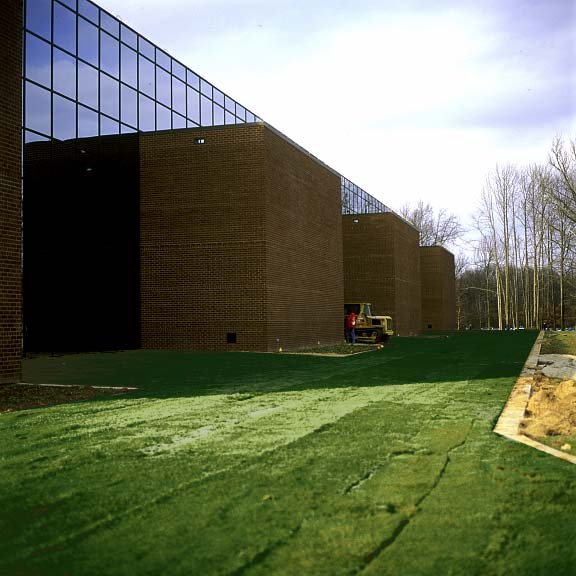 Grass Pavers were installed in the areas where the flight simulators enter the building at the Federal Express Flight Simulator building in Memphis, Tennessee, using Grasspave2.