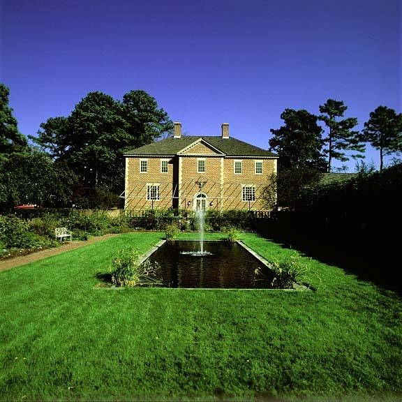 Grass-Porous Pavers were installed in the pedestrian access areas at Abbey Aldrich Rockefeller Folk Art Museum, Williamsburg, Virginia, using Grasspave2.