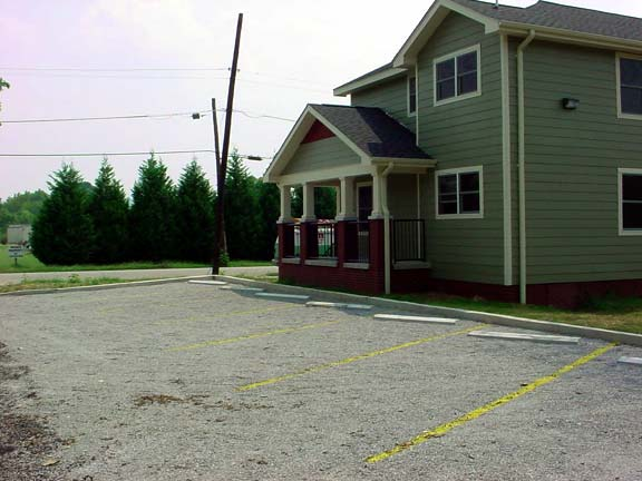 Aggregate Pavers were installed in the parking lot at Jefferson Street Apartment Complex, Chattanooga, Tennessee, using Gravelpave2.