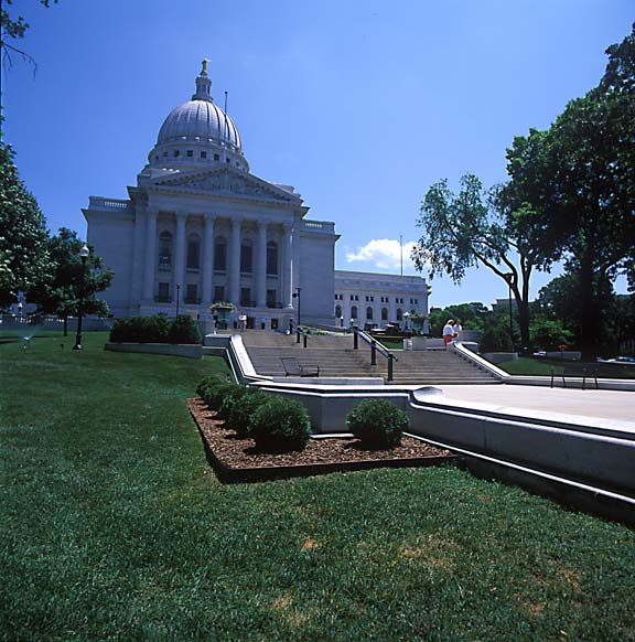 Grass-Porous Pavers were installed in high-volumn pedestrian areas at the Wisconsin State Capitol Building, Madison, Wisconsin, using Grasspave2.