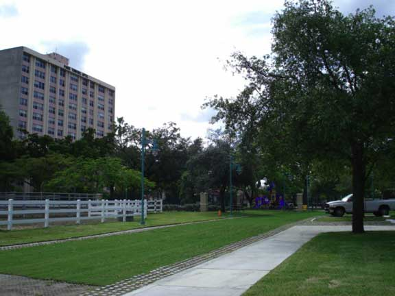 A Grass Fire and Access Area was installed at Lummus Park, Police Mounted Patrol in Miami, Florida, using Grasspave2.