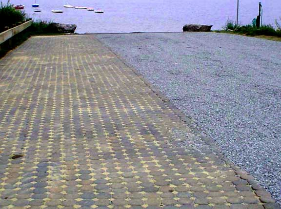 Permeable Parking was installed in the boat ramp at Long Lake Boat Ramp, Littleton, Massachusetts, using Gravelpave2.