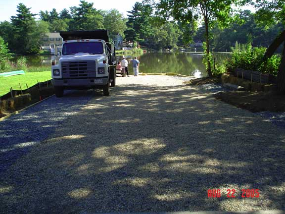 Aggregrate Paver was installed in the access area of the Pilling Pond Boat Ramp, Lynnfield, Massachusetts, using Gravelpave2.