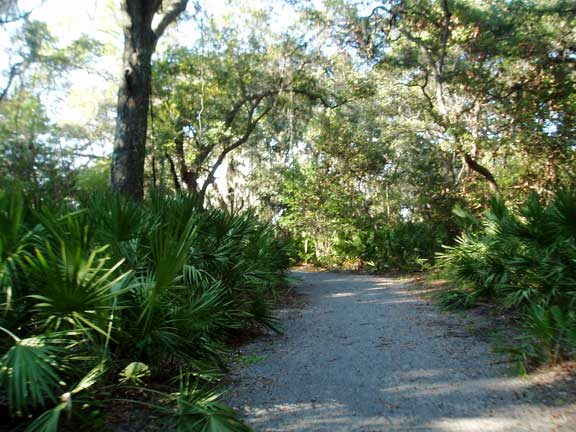 Aggregate Paving was installed on the trail to prevent erosion caused by runoff on Jekyll Island, Georgia, using Gravelpave2.