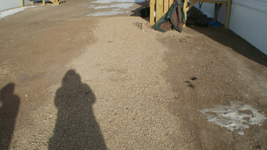 Gravelpave2 provides a stable surface in this walkway.