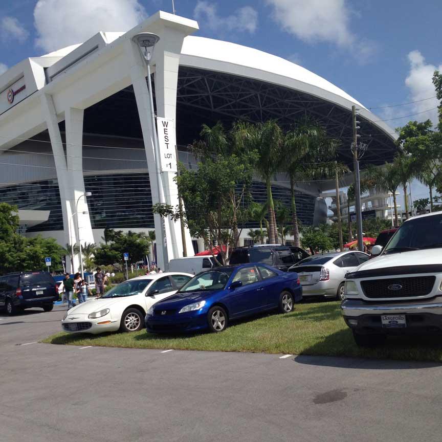 Miami Marlins Grasspave2