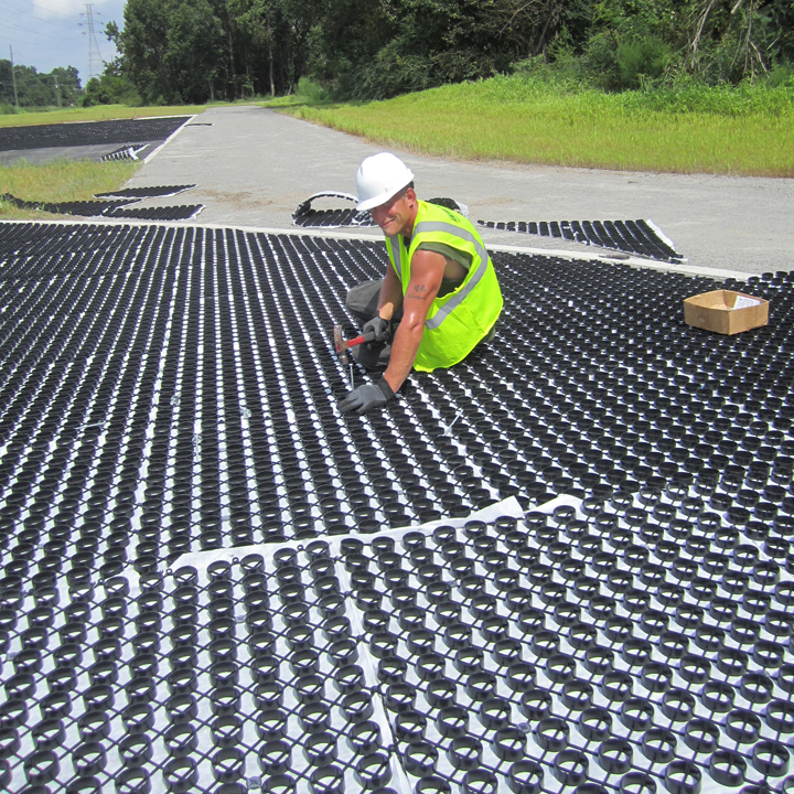 Installation of the Gravelpave2 permeable pavement