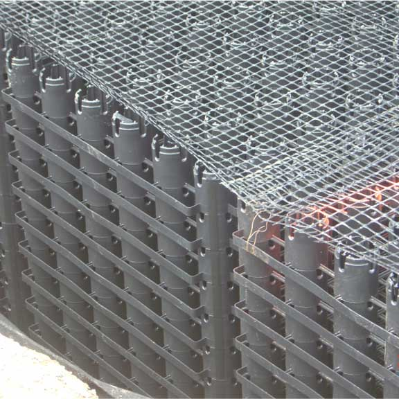 Closeup of Rainstore3 and geogrid.